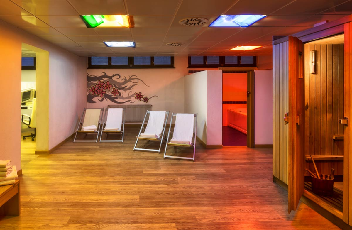 hotel with wellness centre val di fassa